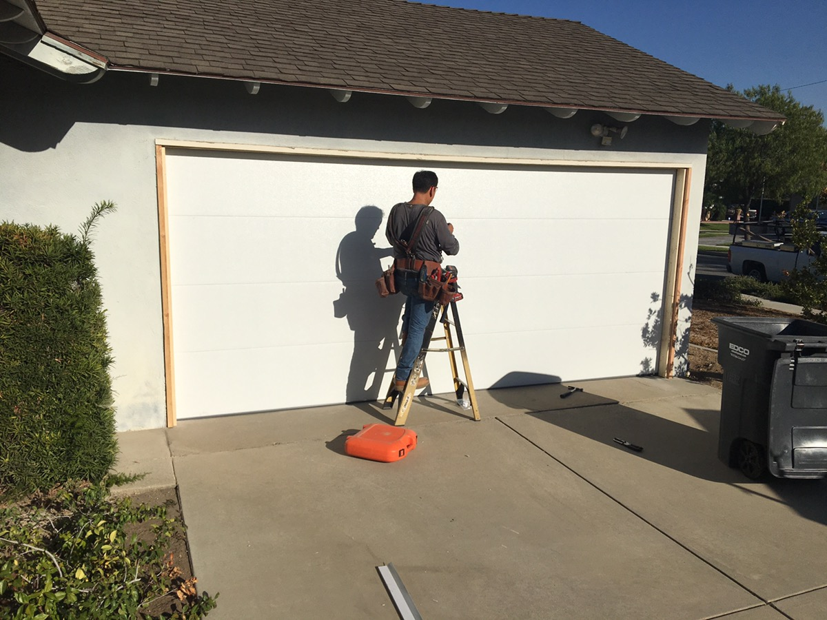 CHI Flush Garage Door in La Mirada, California