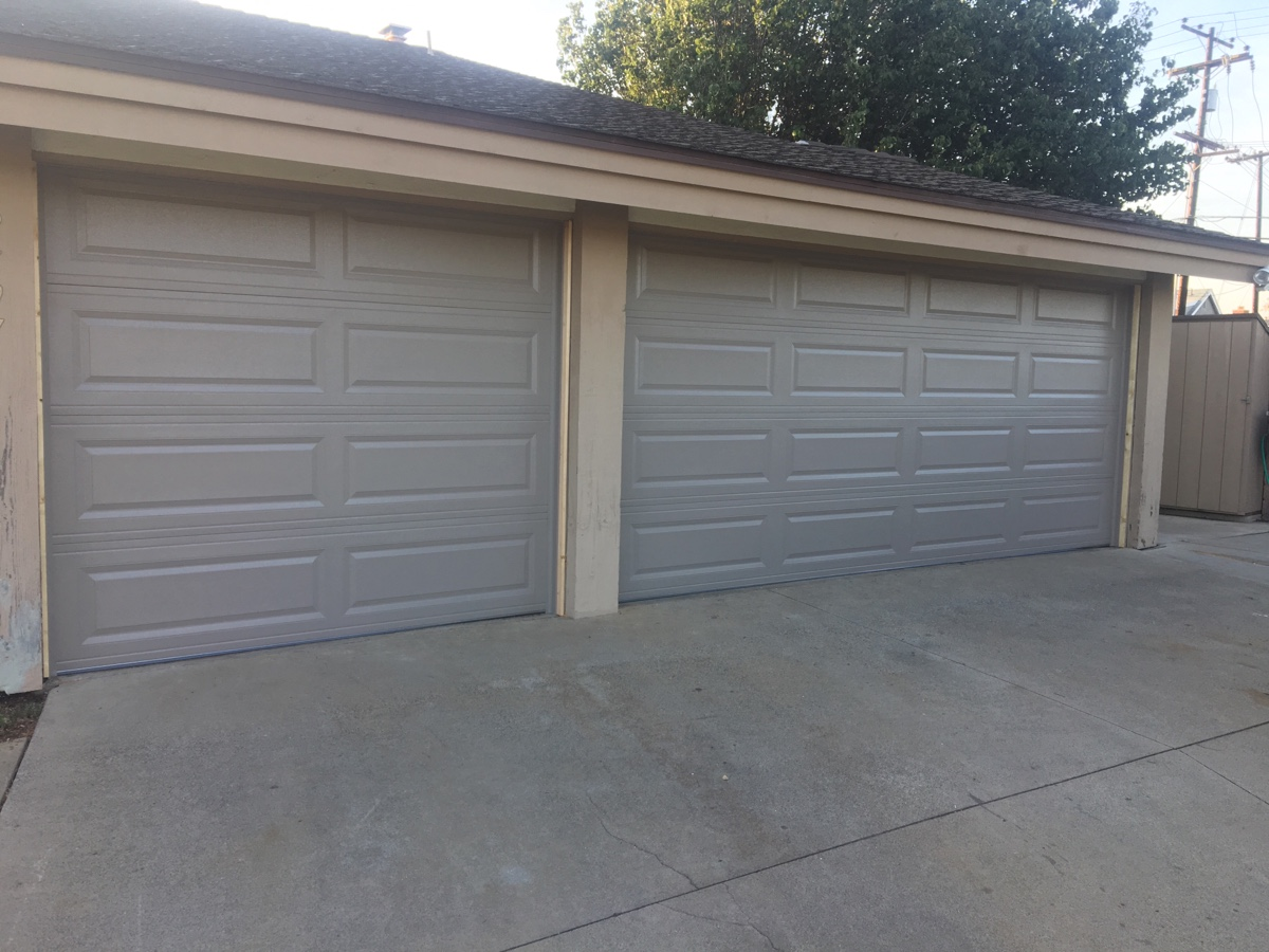 New Chi Garage Doors Installed In Costa Mesa Cityscape